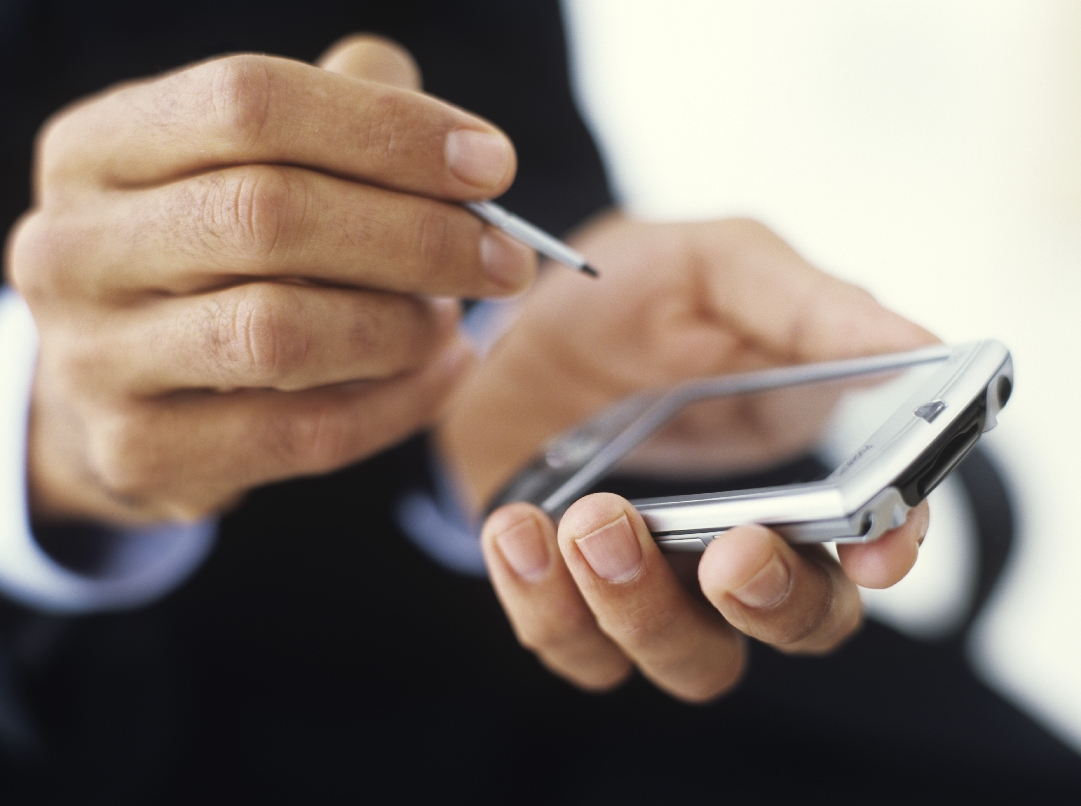 More people using mobiles to make purchases
