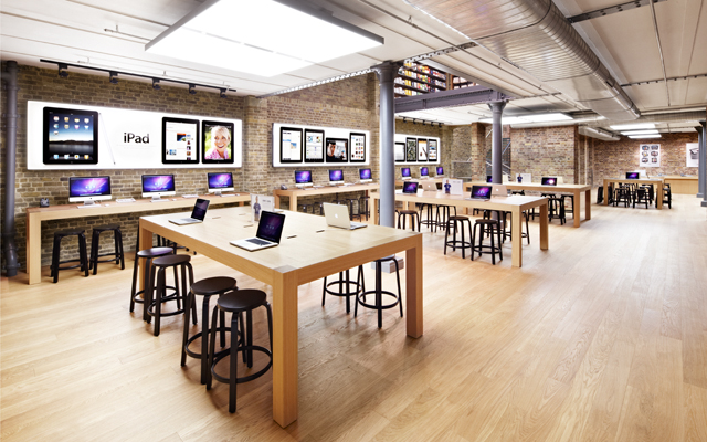 Apple: reinventing store experience and attracting creativity